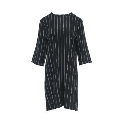 stripe pattern straight line dress